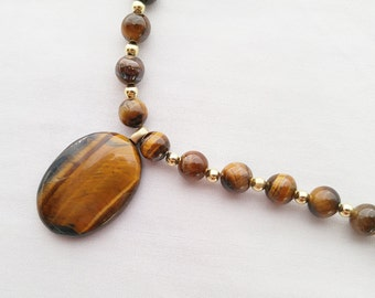 Tigers Eye Stone Bead Necklace - 19 inches long - Magnetic Clasp
