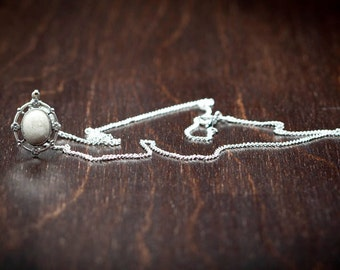 Temple Stone Antique Necklace - Silver <<< Free US Shipping>>>