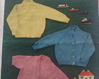 Robin double knitting childrens cardigan pattern 1960's