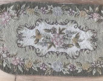 "Vintage Hand Hooked Wool Rug 47"" X 23"" - floral design"