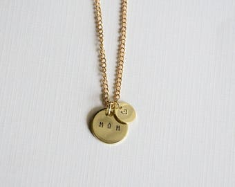 hand stamped mom necklace/ personalized mom pendent/ mothers day gift/ necklace for mom/ gift for mom