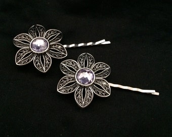 Set Of 2 Silver Metal Flower Hair Pins With Pale Purple Colored Stones
