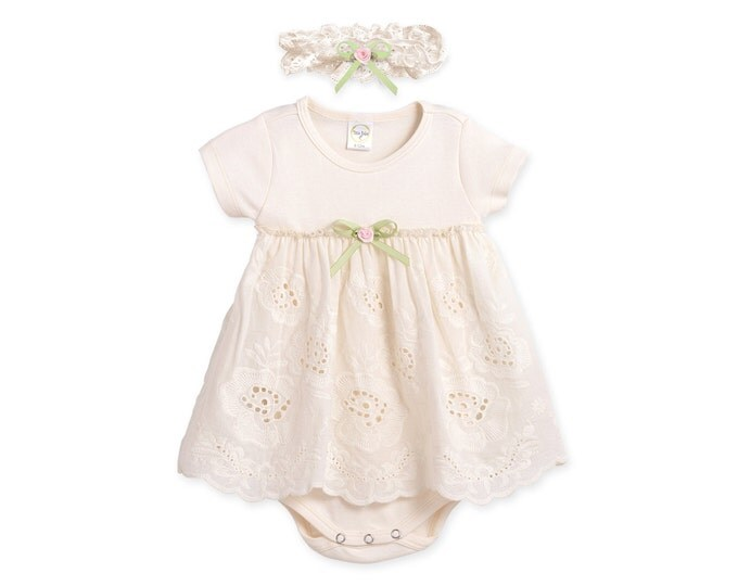 Newborn Baby Girl Outfit, Newborn Girl Coming Home Outfit, Newborn Baby Eyelet Dress, Baby Girl Lace Dress, Tesa Babe, TesaBabe