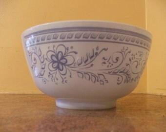 Vintage 1960s Pyrex 1.5 Quart Brittany Blue Mixing Bowl #478-B