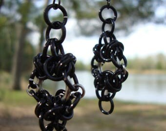 Chainmaille celtic weave earrings