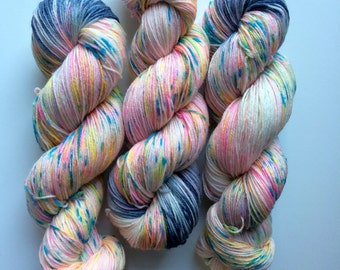 New edition Grey POP! Hand dyed sock yarn 4ply finger weight superwash BFL and bamboo 100g. BFL is a British breed.