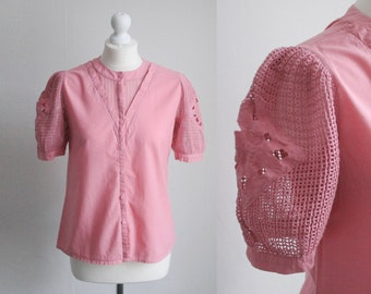 Vintage M/UK10 pastel pink cotton blouse with embroidered details