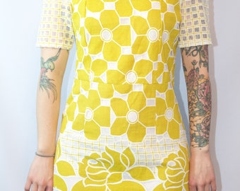 Cat brand Mustard Color 1960s Vintage Dress