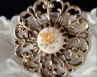 Vintage brooch/pendant, antique brooch vintage pendant antique pendant yellow flower