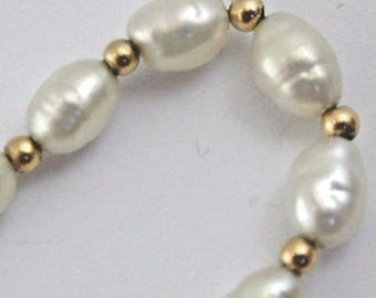 """Pearl bracelet 7 1/2"""" with 9 carat gold clasp"""