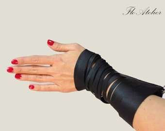Black Leather Bracelet / Zipper Bracelet / Gotic Bracelet / Fashion Bracelet/Black Bracelet/F1019