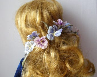 Pansies of silk for dolls in vintage style