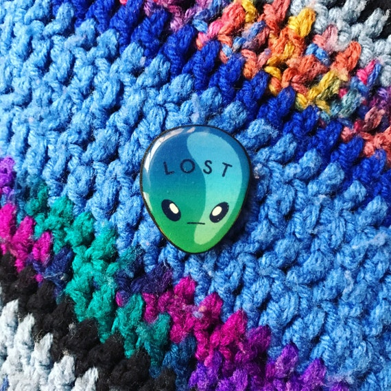 LOST ALIEN PIN
