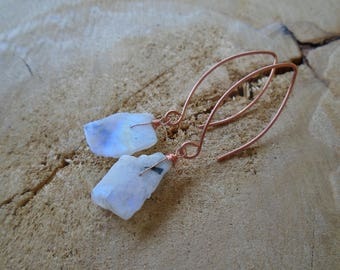Rough Moonstone on copper earrings / / nature jewelry