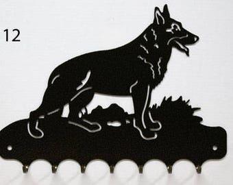 Hangs key pattern metal: German Shepherd