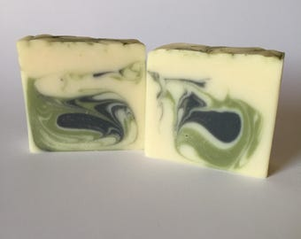 White tea and ginger handcrafted soap - vegan soap - clean scented skincare