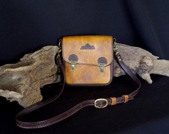 Bag, shoulder bag brown leather man