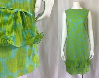 Shop on Vacation  Medium ** 1960s GIRAFFE PRINT blue green cotton accordion hem shift dress ** vintage sixties sleeveless mod dress