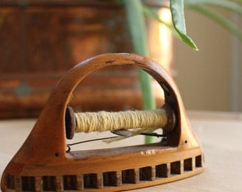 Wooden antique Weaving Shuttle Industrial Decor Loom Shuttle Vintage Loom Spinning