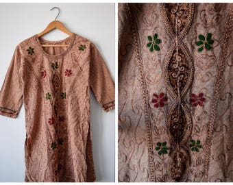 SALE Vintage embroidered Indian tunic dress