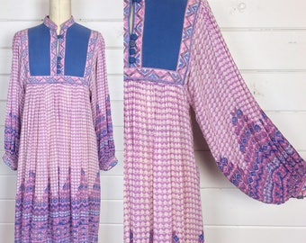 Vintage 1970s Indian Cotton Dress / Pink & Purple / Made by Kaiser / Poet Sleeves / Bohemian / Gauze Cotton