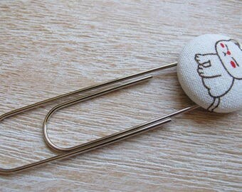 Fabric Covered Button Giant Paper Clip / Bookmark – Cat