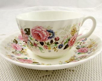 Minton Tea Cup and Saucer Rose Garland Pattern, Vintage Tea Cup, English Bone China, Teacup and Saucer