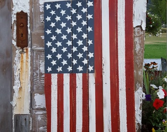 Rustic Wood American Flag, Wood Flag, Vertical Flag, Rustic Flag Sign, Farmhouse decor, Rustic Decor, USA Porch Flag, America decor Yard Art