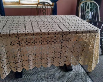 vintage ecru 88x96 inch crochet tablecloth