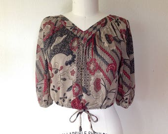 1970s Indonesian print blouse