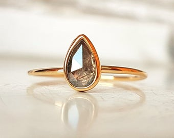 Gold ring with diamond - natural pear Diamond - Gold ring with diamond pear - rose cut diamond pear