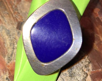 Sterling silver lapis ring moderne