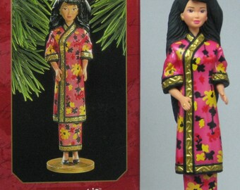 1997 Hallmark Chinese Barbie Keepsake Ornament 2nd in Series Dolls of the World #2 Vintage Christmas Collection Second China
