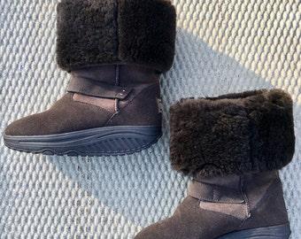 Free shiPping vtg Sketchers platform sheepskin brown boots women's siZe 6