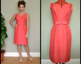 Amazing 1950's 1960's Designer Jane Andre for Bullocks Coral Pink Fitted Wiggle Dress Size Small