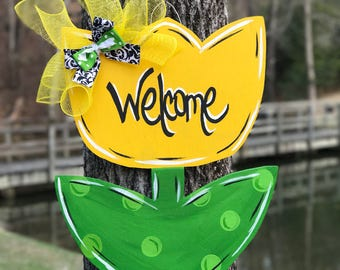 Tulip door hanger