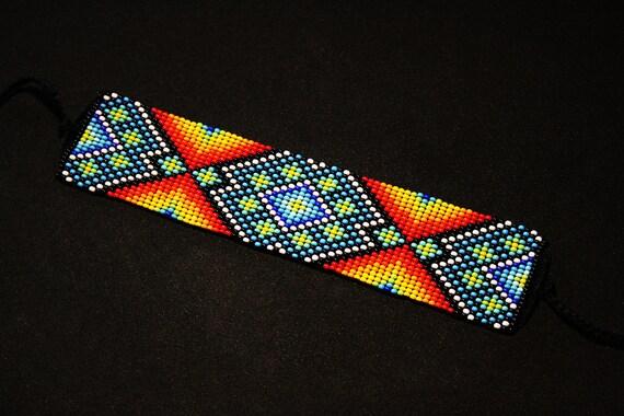 Native American Beaded Bracelet, Beaded Geometric Peyote Bracelet, Aztec Bracelet, Beaded Huichol Bracelet, Cuff Bracelet, Mexican Bracelet