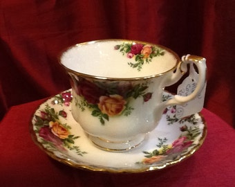 Royal Albert Rose Garden Teacup and Saucer