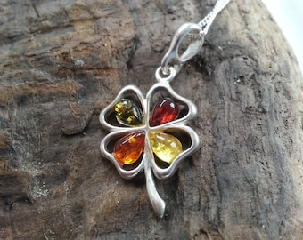 Sterling Silver Mixed Baltic Amber Shamrock Pendant Necklace