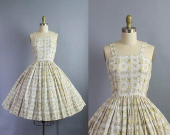 1950s floral sundress/ 50s muted palette flower dtripe dress/ extra small xs