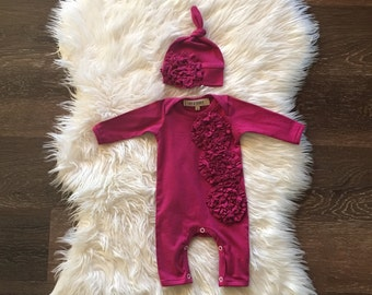 Newborn girl coming home outfit, Organic one piece, romper, infant girl, newborn girl outfit and hat in majenta with ruffles, hospital