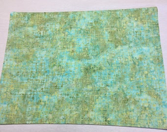 Green Placemats, Modern Placemats, Reversible Placemats, Table Placemats, Table Mats, Housewarming Gift, Table Protectors