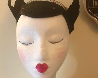 Vintage Amazing 1930s 1940s Black Felted Fascinator Hat