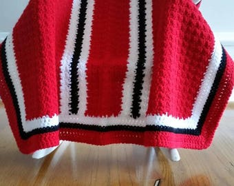 Red, White and Black Afghan/Blanket, Baby Afghan/Baby Blanket, Crib Blanket/Afghan, Toddler Blanket/Afghan, Baby Shower Gift, Gift under 50