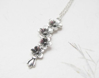 Blossom necklace, flower necklace