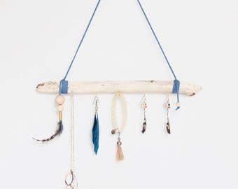 Jewelry Wall Organizer - Driftwood // Jewelry Display // Jewelry Storage - Necklace Holder - Earring hanger - Jewelry Rack - Organisation