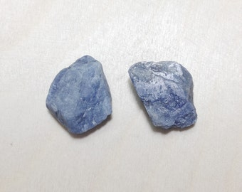 Rough blue sapphire, natural raw sapphire gemstone lot // B*2649