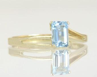 Estate High Polish 14K Yellow Gold .50ct Blue Topaz Engagement Ring 1.5g
