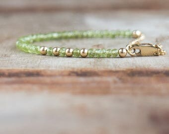 Peridot Bracelet in Rose Gold, Gold or Silver, August Birthstone, Stacking Bracelet, Delicate Green Peridot Jewelry, Gemstone Jewellery