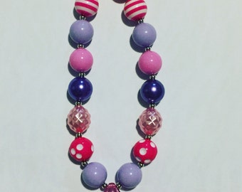 Pink gem chunky necklace